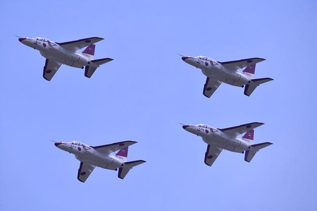 防府基地航空祭。。芦屋からレッドドルフィンT4飛来