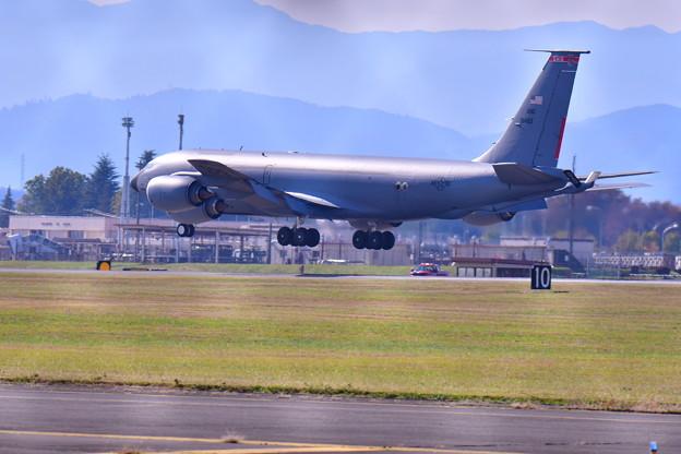 撮って出し。。珍しいKC-135R オハイオ州のタンカー 11月17日