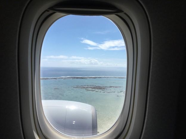 沖縄遠征。。那覇空港へアプローチ青い海 20180617