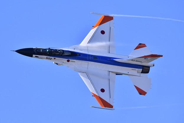 撮って出し。。機動飛行はF2のテストカラー機502 (1) 11月18日