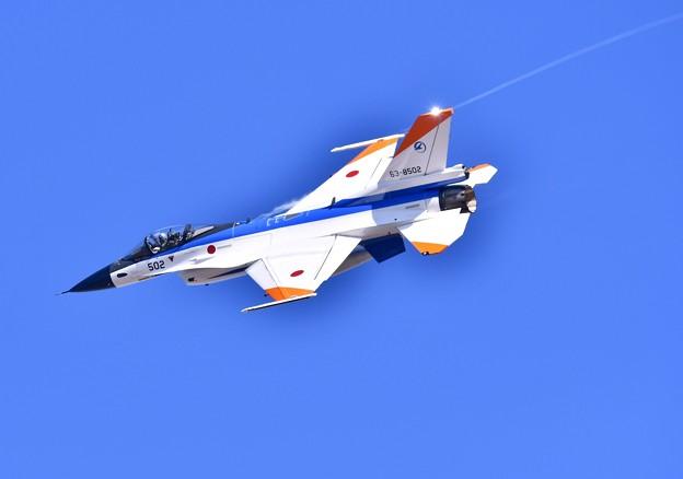 撮って出し。。機動飛行はF2のテストカラー機502 (2) 11月18日