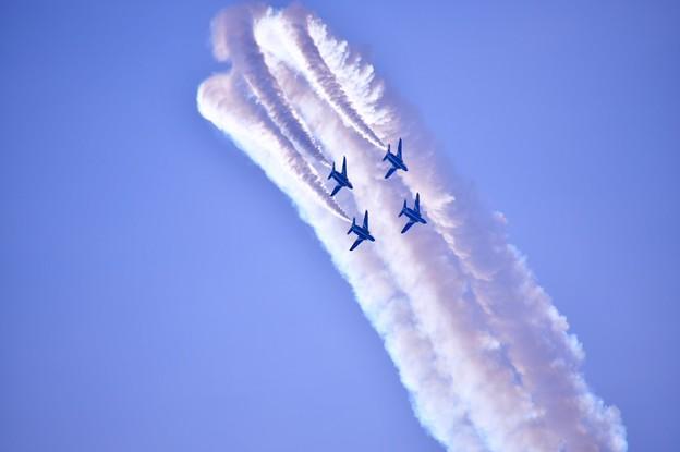 撮って出し。。岐阜基地航空祭 ブルーインパルスチェンジオーバーループ 11月18日
