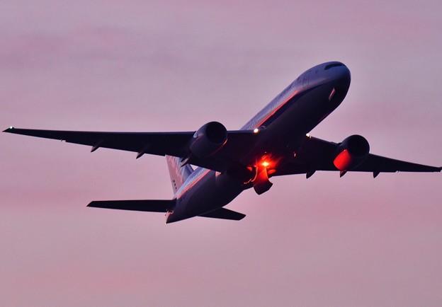 夕焼けの浮島からの旅客機の離陸(4) 20180624