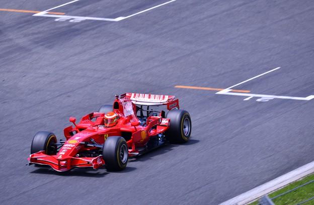 富士スピードウェイメインスタンド走行フェラーリF1(1) 20180630
