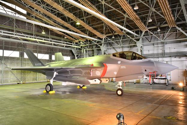 北海道地震で飛行中止になったF35A 地上展示(2) 20180909