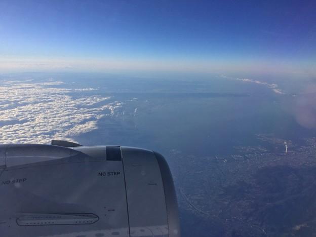 撮って出し。。岩国へ向かう機内大阪神戸上空 1月14日