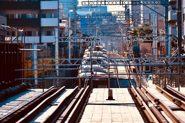 撮って出し。。下から出てきた電車 産業道路駅付近 20190309