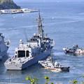 Photos: 撮って出し。。護衛艦おおなみ 横須賀基地を出港 20190420