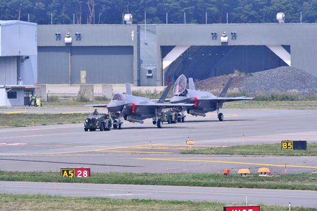 9月の撮って出し。。三沢基地航空祭の準備で空自F35を移動 20190908 (1)