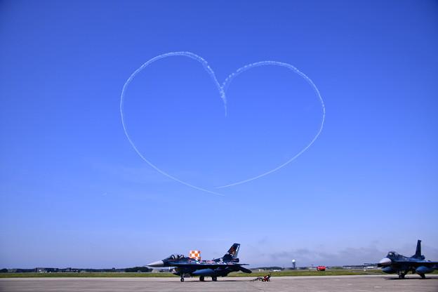 9月の撮って出し。。三沢基地航空祭ブルーインパルス展示飛行(5)