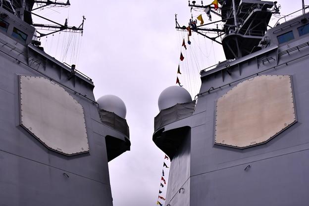 10月の撮って出し。。観艦式前のフリートウォーク週 横須賀基地一般開放 イージス艦レーダー盤