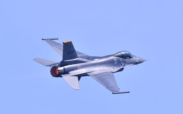 9月の撮って出し。。三沢基地航空祭 米空軍F16デモストレーション(2)
