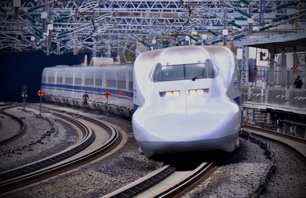 20200222 ノーマル車輌700系のぞみB編成 小田原駅通過風景(1)