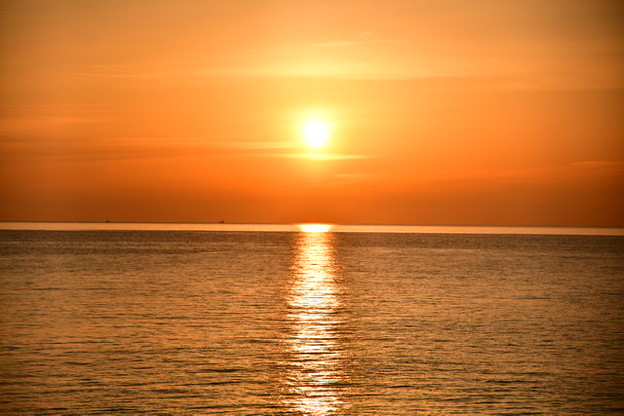 朝焼けの綺麗な湘南の海。。