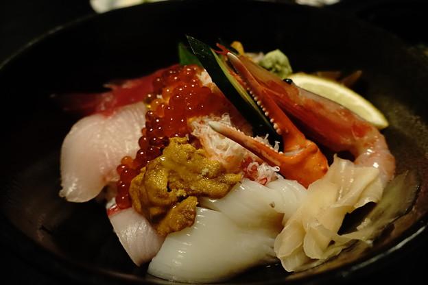 海鮮丼(道の駅・神話の里 白うさぎ【鳥取】)