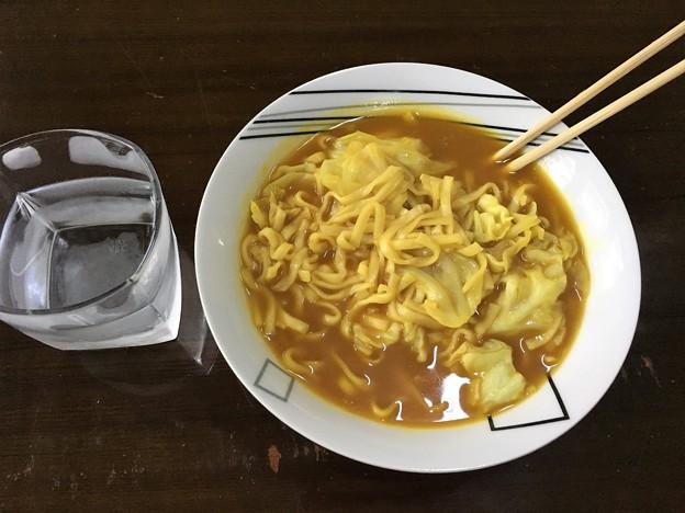 マルちゃん製麺 カレーうどん (1)
