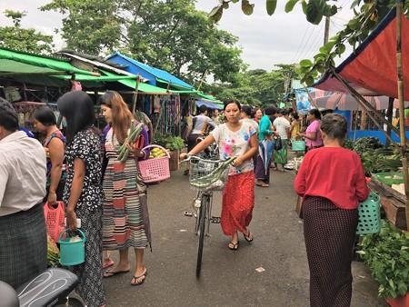 タビンシュエティの市場