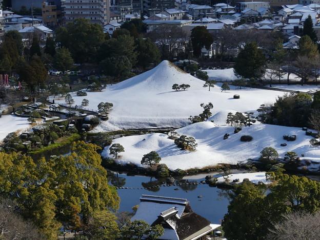 水前寺富士の雪化粧 2020年12月31日