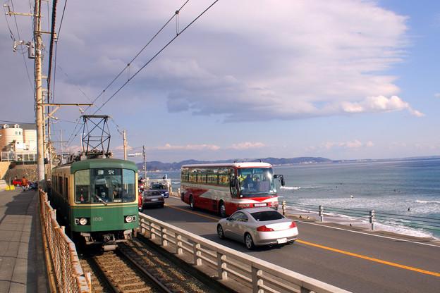 江ノ電~季節はずれの海岸物語