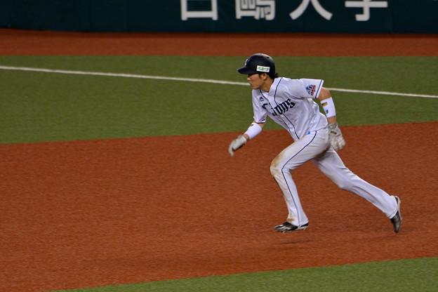源田、走る!