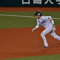 写真: 源田、走る!