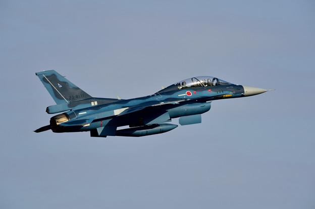 Photos: F-2B帰投