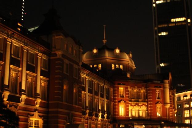 夜の丸の内駅舎