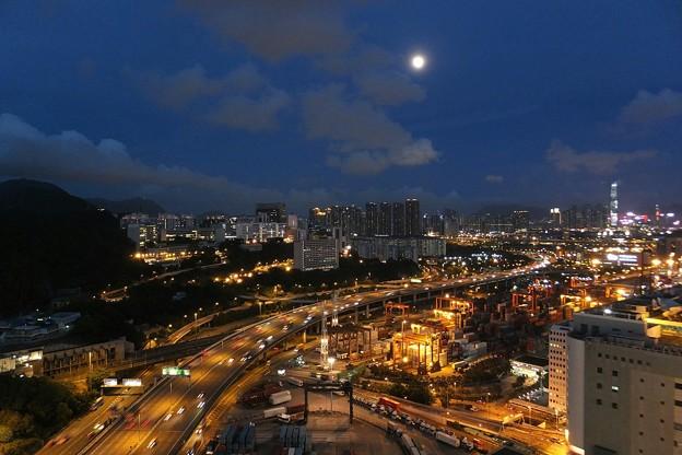 写真: moon night