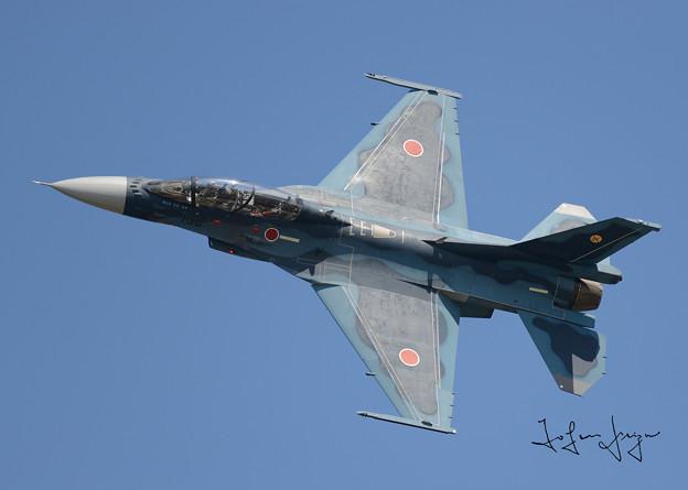 写真: F-2上面