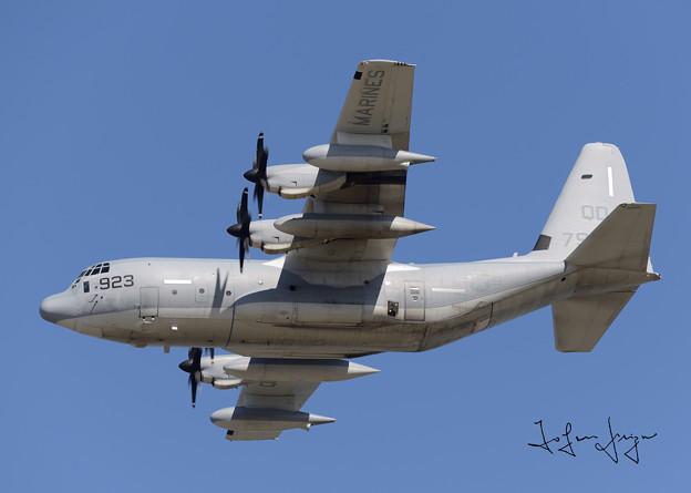 写真: KC-130