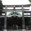 Photos: 牛嶋神社 まだ拝んでいる DSC00601