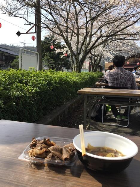 安部駅寅さん桜祭