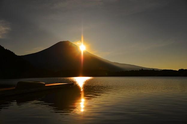 夜明けのバリクロス ~田貫湖~