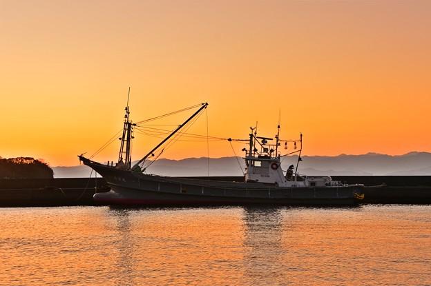 Photos: 夕凪の風景 ~漁港~