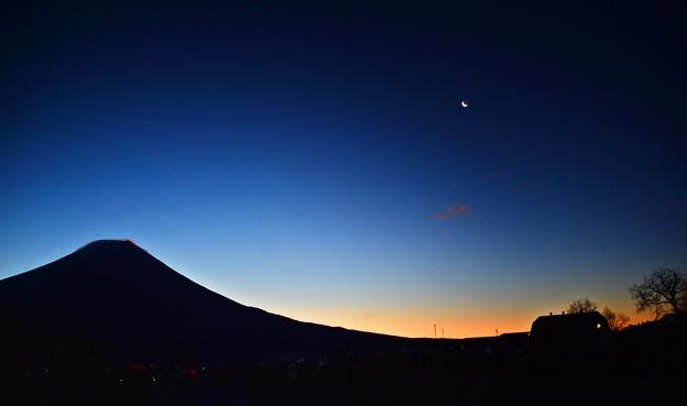 Photos: 氷点下3℃の風景 ~麓の夜明け~