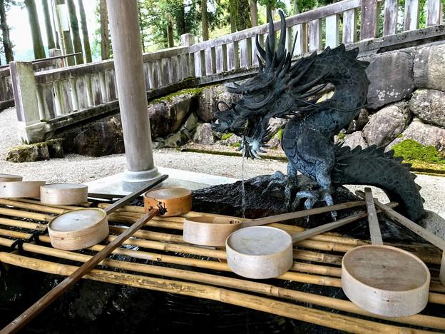 気多若宮神社の手水舎