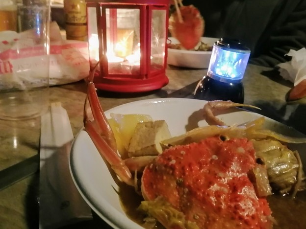 クリスマスムードでカニ鍋