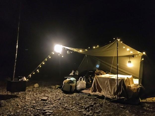 Photos: 薪ストーブとコタツでキャンプ