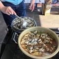 あふれんばかりの牡蠣鍋