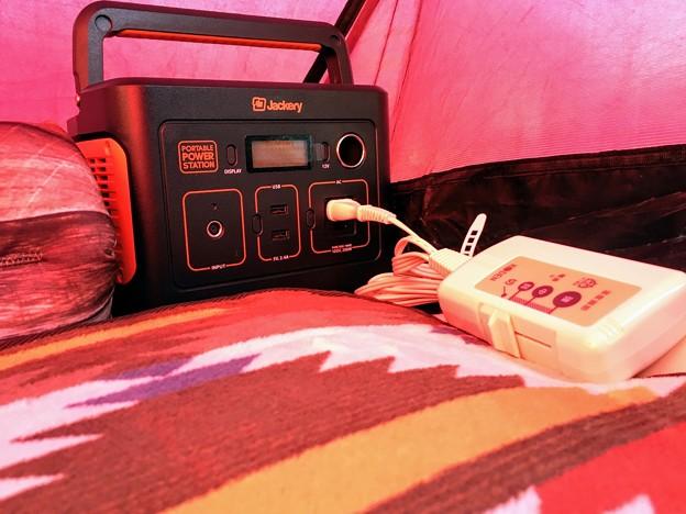 ポータブル電源「Jackery」でテントもぽかぽか