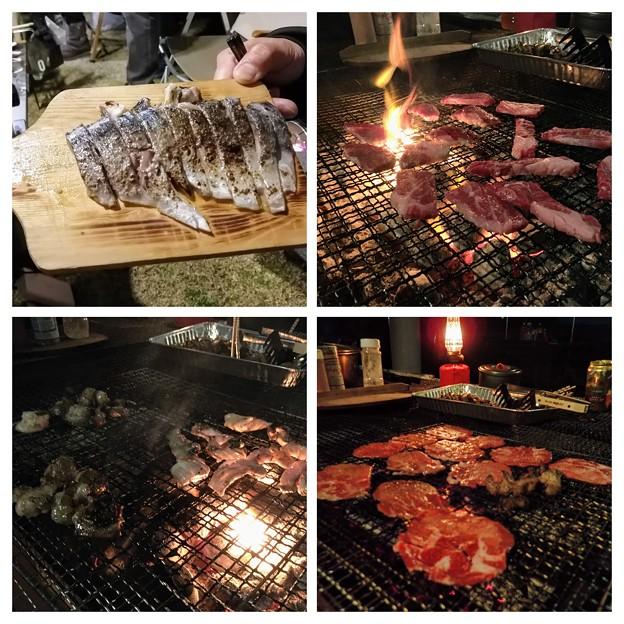 夜のキャンプ飯
