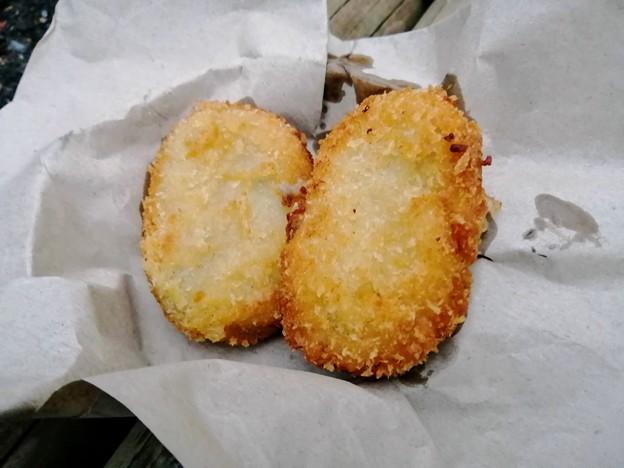 玉ねぎの甘みが美味い吉田精肉店のコロッケ