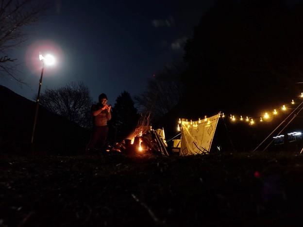 満月のキャンプ