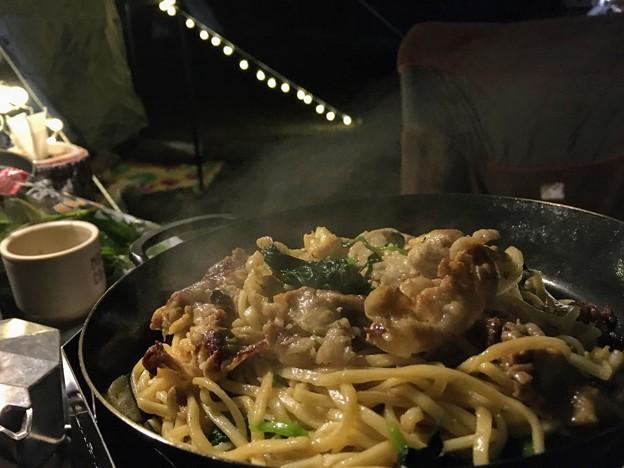 Photos: キャンプ飯の上海焼きそば