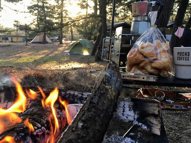 朝食前に火おこし