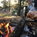 Photos: 朝食前に火おこし