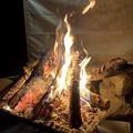 Photos: キャンプに焚火は外せません