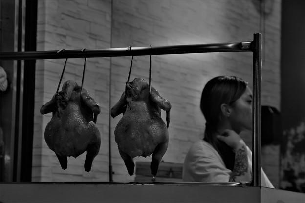 「鶏・々・墨娘」
