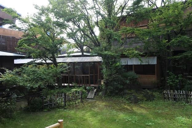 石和温泉 「くつろぎの邸 くにたち 」中庭