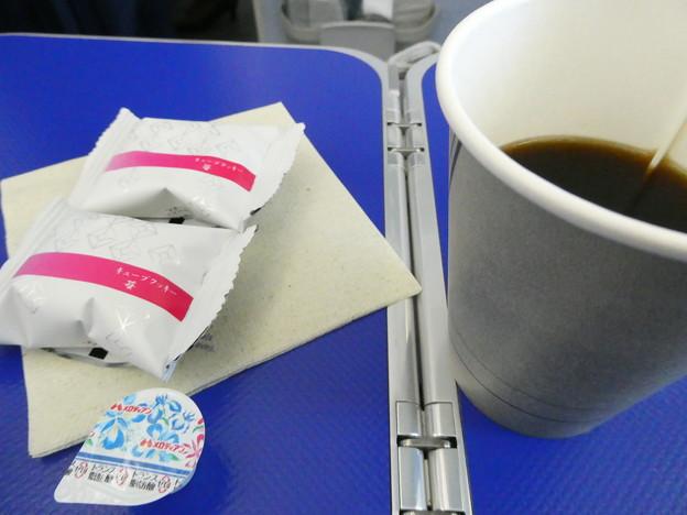 ANA・羽田~福岡便・プレミアムクラス3